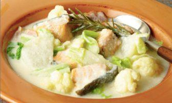 【旬菜】コラーゲンたっぷり「鮭とかぶのミルク煮」