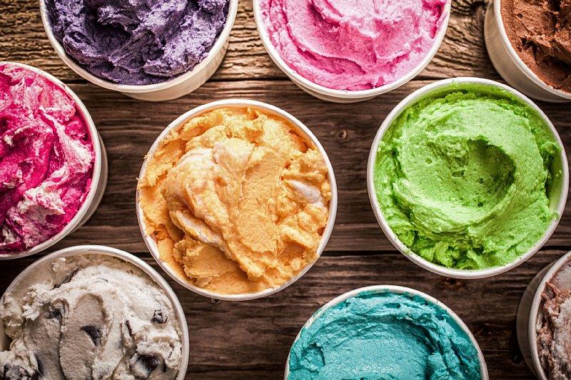 ダイエットしている人にはどんなアイスがおすすめ?(写真/アフロ)