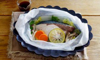 """発酵食品で""""育菌""""。液体塩こうじを使ったあったか白菜レシピ"""