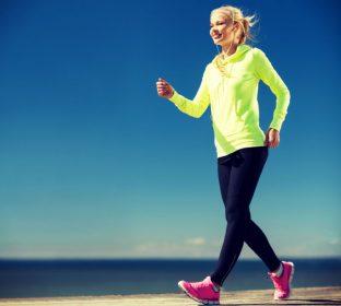 ウオーキングで身体を壊す人増加中!靴により歩き方変えるのが◎