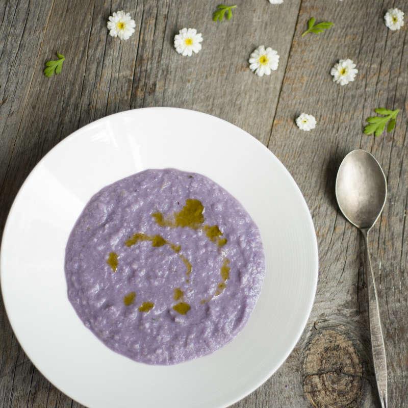 「紫キャベツのヴィーガンスープ」