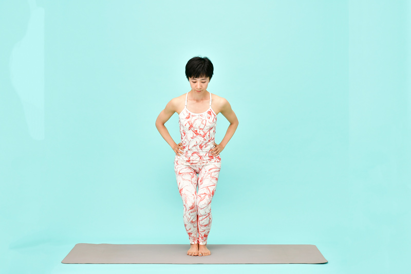 AsakatsuYoga_WashiNoPose02_50D2255