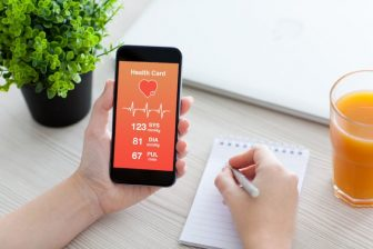 体重や食生活をスマホで管理!おすすめダイエットアプリ7選