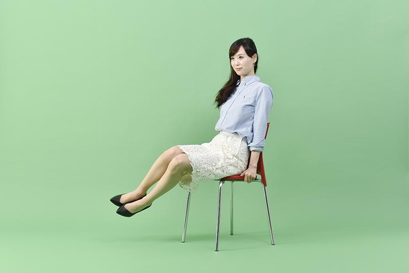 小林_椅子くびれ6
