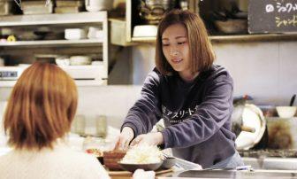 主菜3種を選べる【野菜ランチ】栄養表示がダイエットにも便利な「鹿屋アスリート食堂」