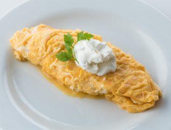 卵は完全栄養食品!卵焼きとプレーンオムレツの作り方を解説