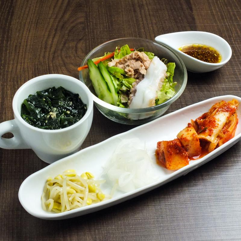 焼肉店「勇里庵~YURIAN~」の肉の力で健康促進コースの前菜3種