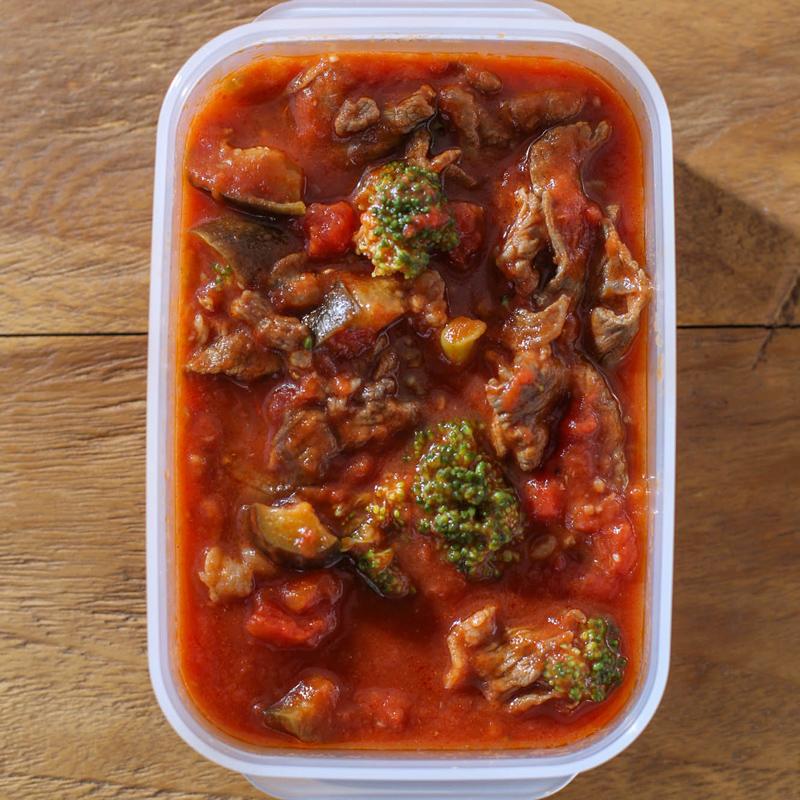 「牛肉と野菜のトマト煮込み」