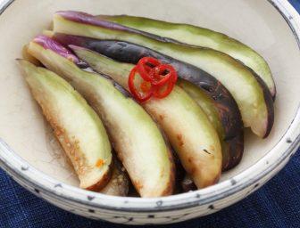 きゅうり、かぶ、なす…夏野菜を丸かじり!超簡単「自家製浅漬け」レシピ