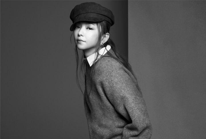 キャスケットをかぶった安室奈美恵のポートレート