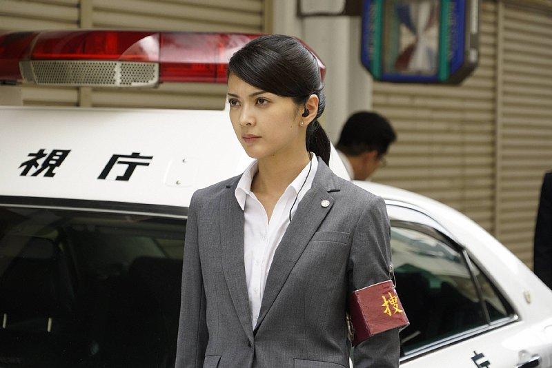 『絶対零度』でのシーンでパチカーの横に立つ田中道子