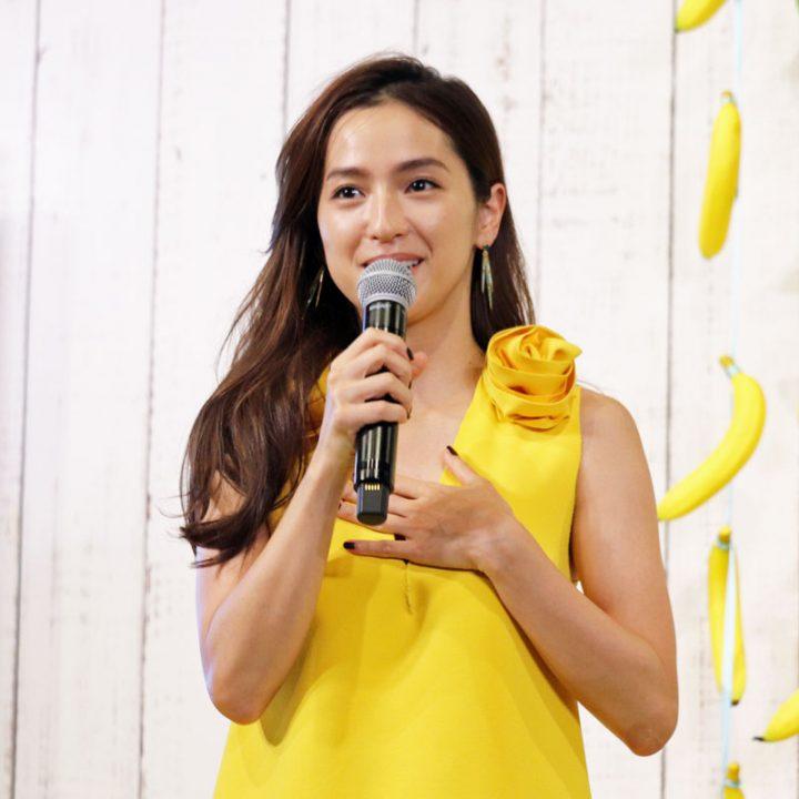 「バナナビューティーカロリーカフェ」オープニングPRイベントに出席した中村アン