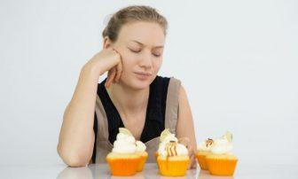 【30秒心理テスト】食欲の秋!どか食い防止のためにあなたがコントロールすべき感情をチェック
