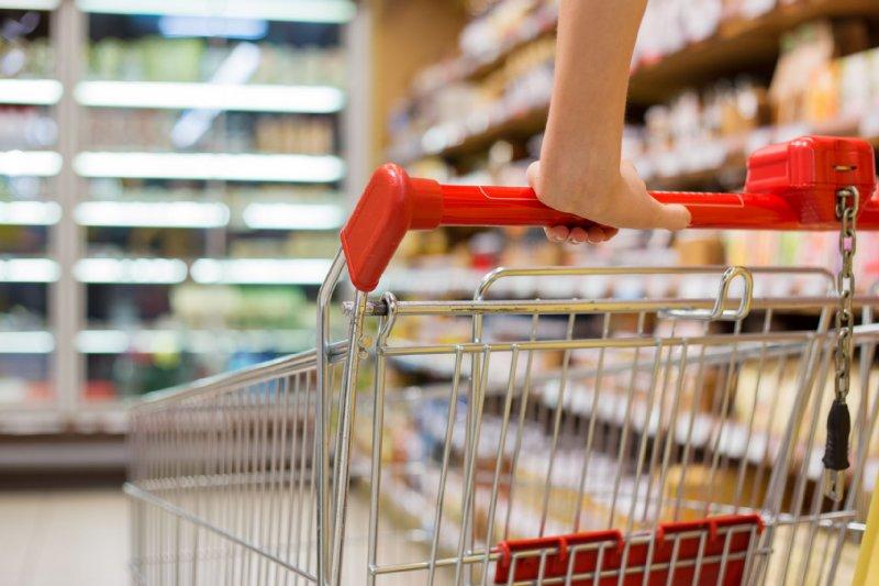 スーパーの買い物カート