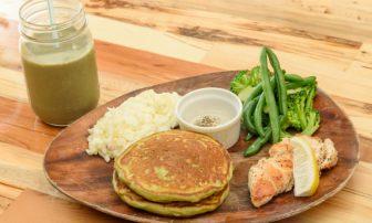 罪悪感ゼロのパンケーキが登場!ハワイアンカフェ「シナモンズ」でたんぱく質と食物繊維たっぷり…