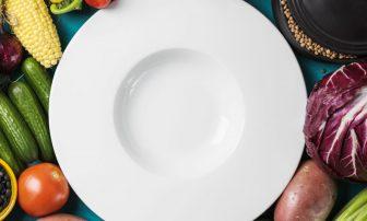 【30秒心理テスト】気づいている?あなたを太らせる食の悪習慣、4タイプのどれか早わかり!