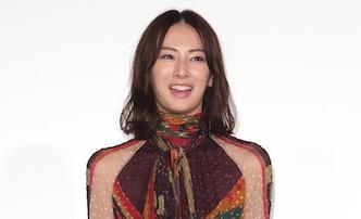 北川景子が「主張激しすぎ」アイテムを抜群の着こなし!豪華4人の【ファッションチェック】