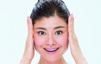 好感度抜群の笑顔の作り方|顔ヨガ「V字上げ」2種でトレーニング