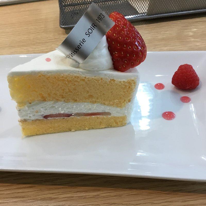『パティシエールソワール』のショートケーキ