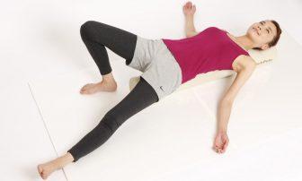 ストレッチポール 簡単30秒エクササイズ3選で体幹を整える!
