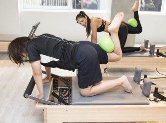 ピラティスの効果は?ヒップ、お腹、脚などを刺激するマシンピラティスに挑戦!【体験レポ】