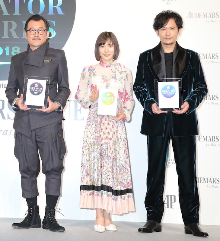 吉田鋼太郎、松岡茉優、稲垣吾郎(左から)