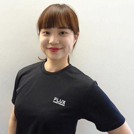 FLUX CONDITIONINGのコンディショニングトレーナー新海杏奈さん
