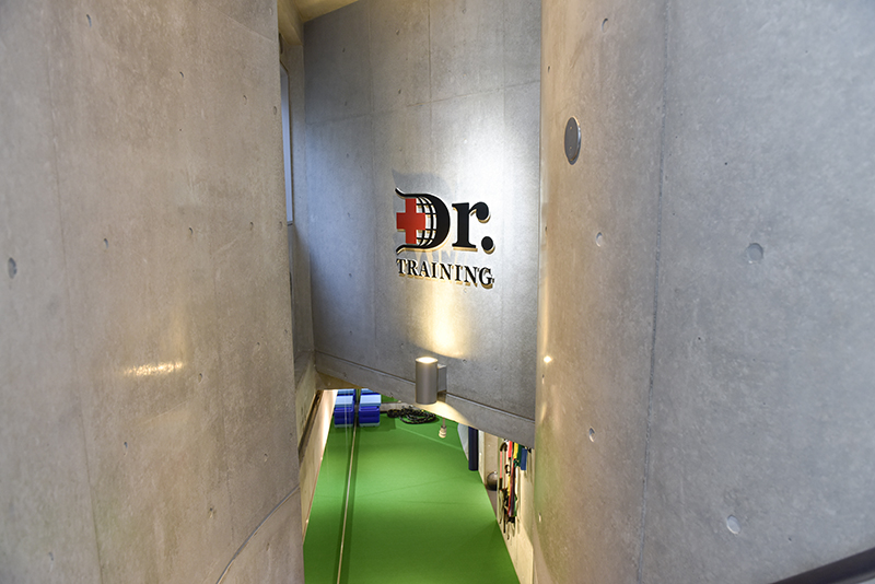 「Dr.トレーニング」麻布十番店の内観