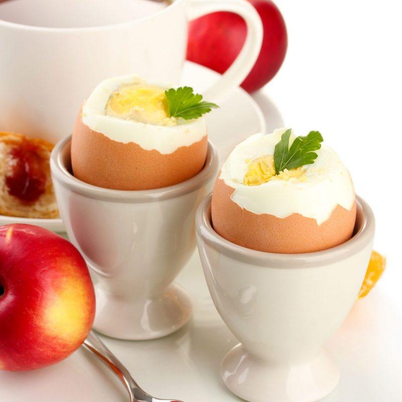 りんご、ゆで卵