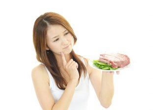 糖質制限ダイエットでは痩せない?リスクや日本人に向かない説も