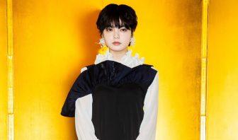 欅坂46平手友梨奈は奇抜ファッションでド肝!美女5人の冬スタイルを【ファッションチェック】