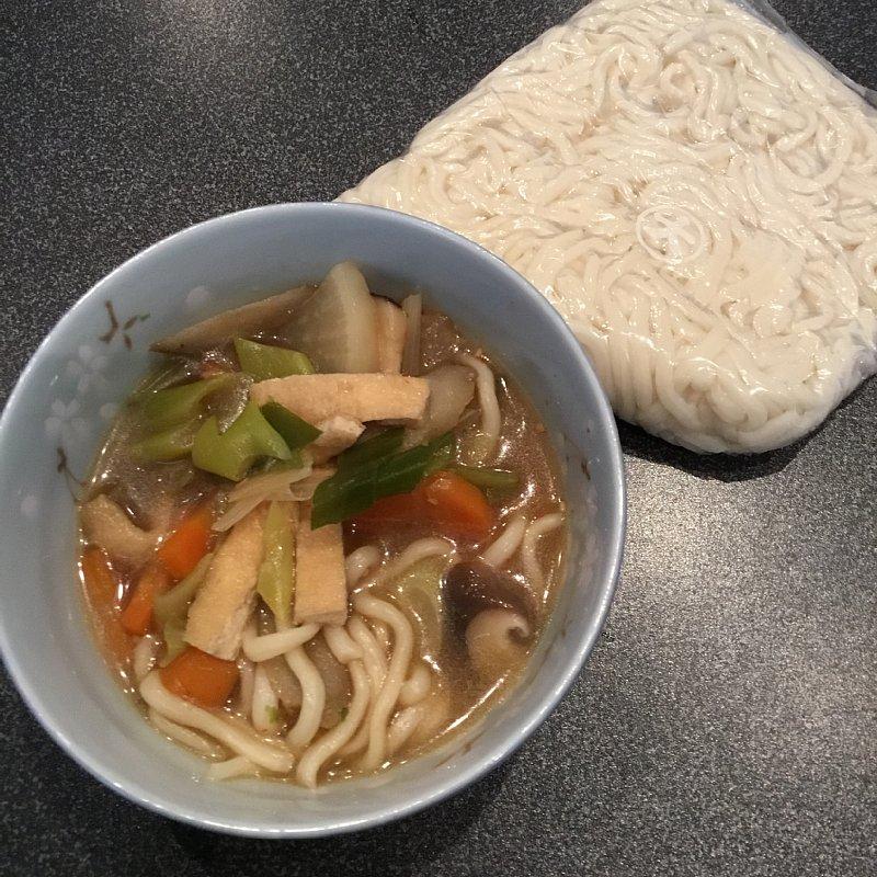 学校給食のソフト麺で作ったうどん
