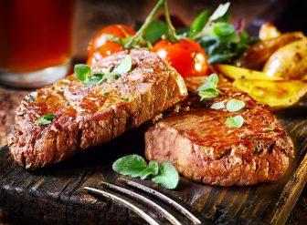 【ミートファーストダイエット】が注目!肉を先に食べて痩せる理由と方法とは?