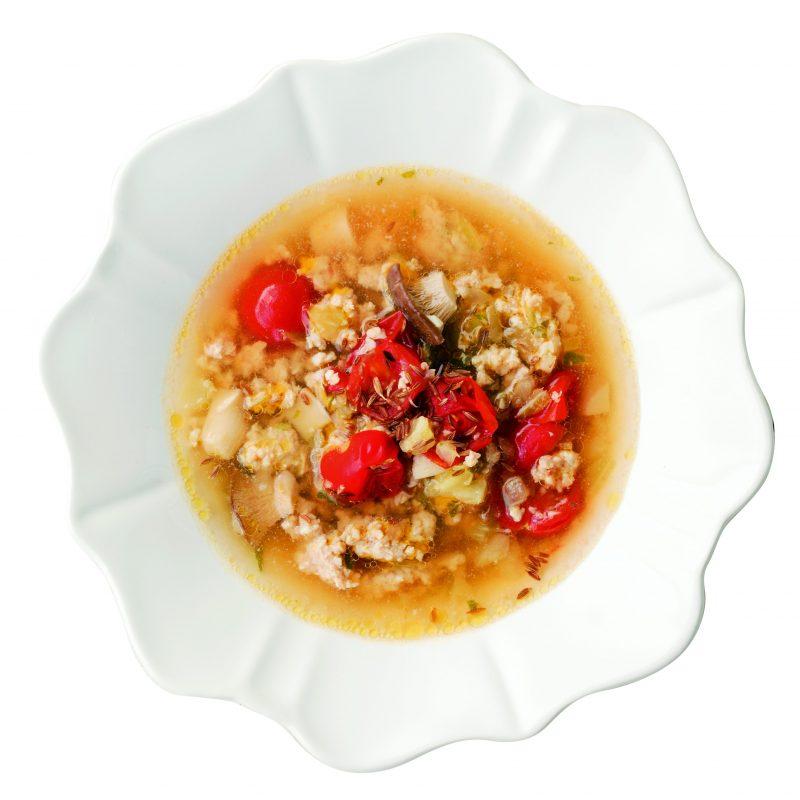 チキンとトマトのクミンスープ