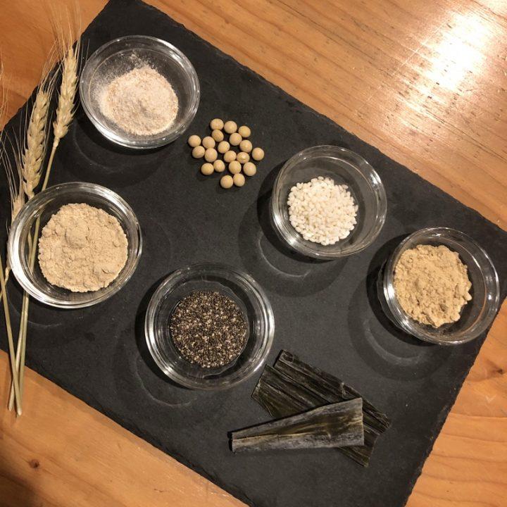 BASE BREADの材料イメージ