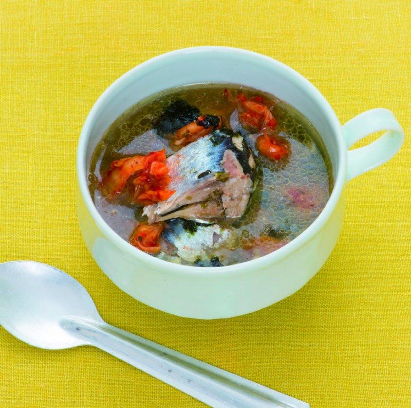 たまには気分を変えて、韓国風スープはいかが? カロリーは271kcal(1人分)