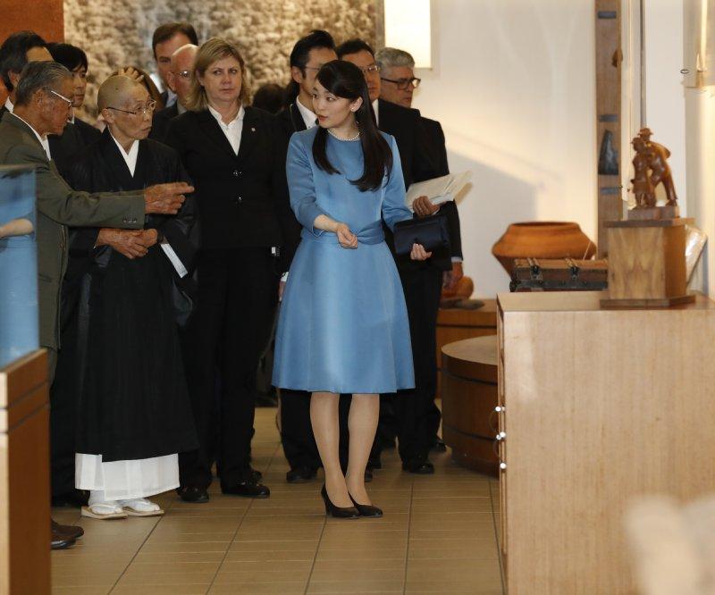 ローランジャ市のパラナ日本移民センターをご訪問された眞子さま