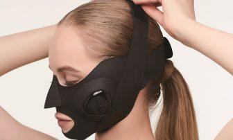 顔のたるみ解消グッズ|人気のローラー、リフトアップテープなど6選