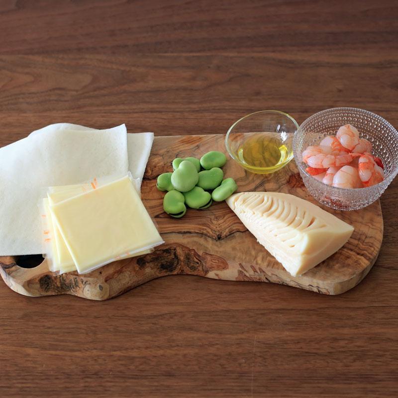 市橋有里が考案した、便秘&むくみに効くデトックス野菜&春巻きの皮で作る「パリパリピザ」材料