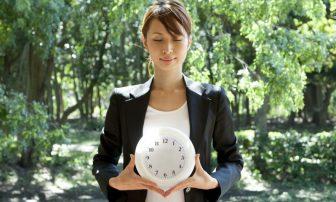 健康のカギは「体内時計」!食事、睡眠、入浴などで整える12の生活習慣