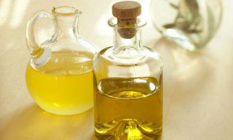 生活習慣病はお酢とオイルで改善!食事での活用法と簡単レシピ2選