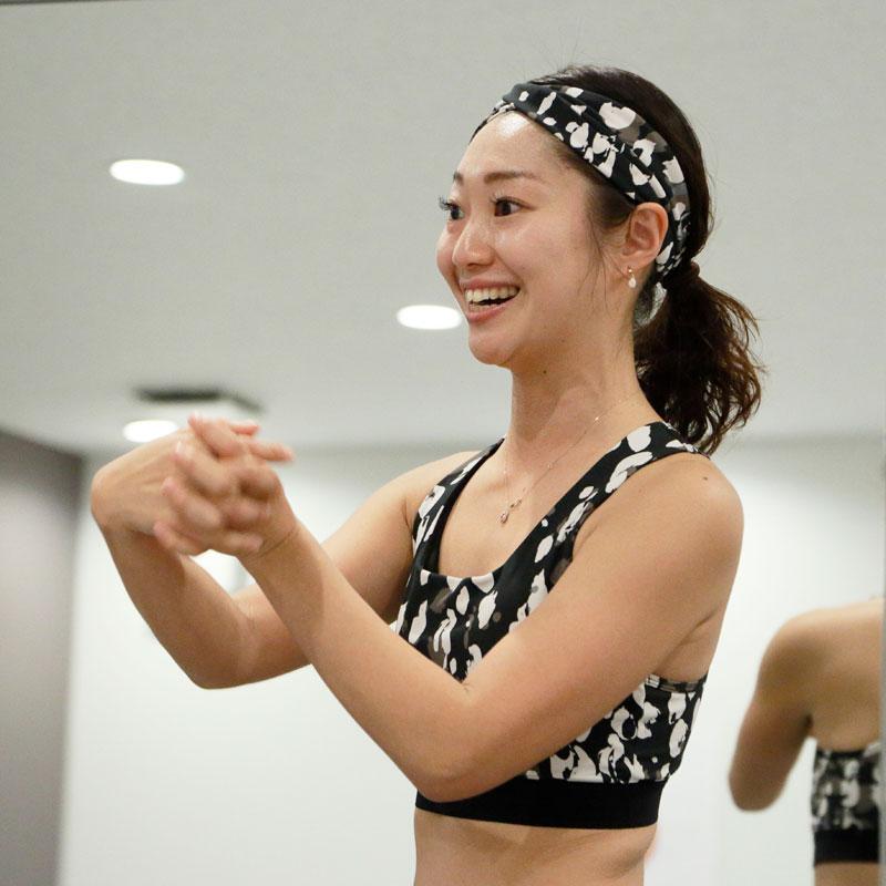 ホットヨガスタジオ LAVAのトップインストラクター横田佳代子さん