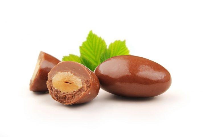 アーモンドチョコレートの写真