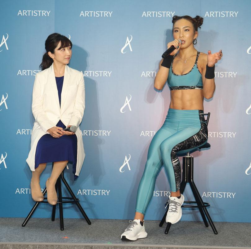 お肌の専門家・小林智子先生と人気クロスフィットトレーナーのAYAさん