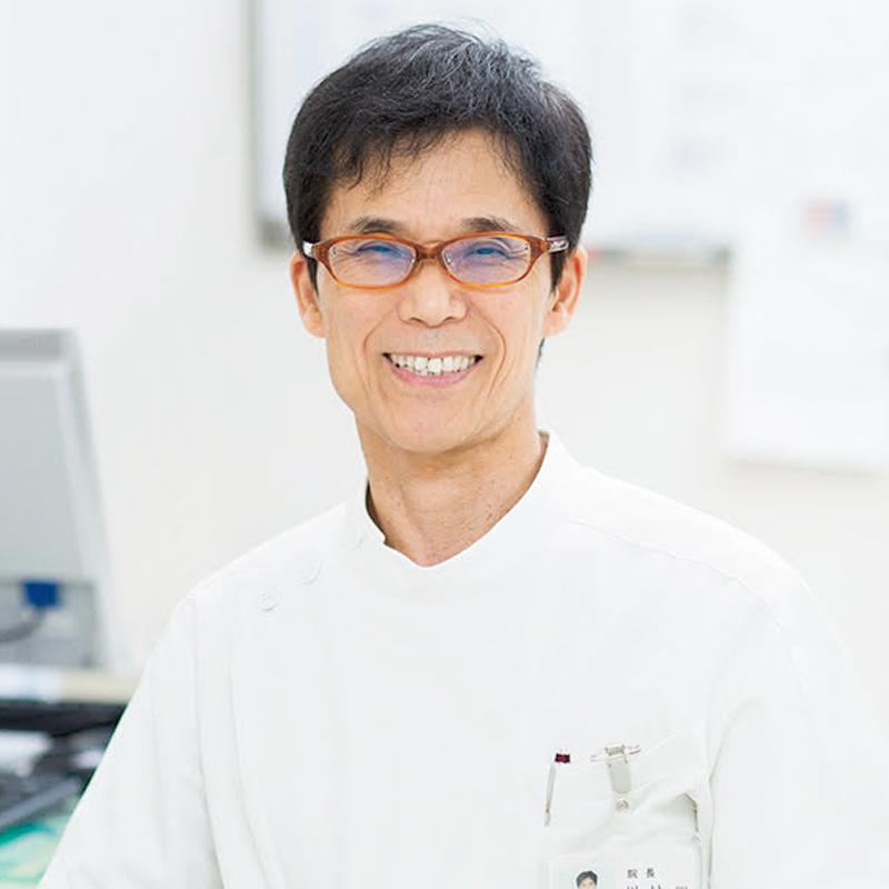 川村先生の笑顔の顔写真