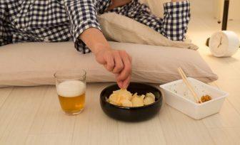 食欲の原因は遺伝子「MC4R」!夜中に食べたくなる意外な理由も解説