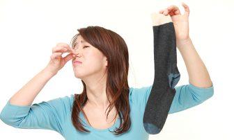 簡単!足の臭いを消す方法と原因は?足のケア方法6つと市販の対策グッズ11選