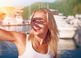 美白成分が一覧で丸わかり!シミを予防する美白コスメ、食べ物、ピーリングなどを紹介