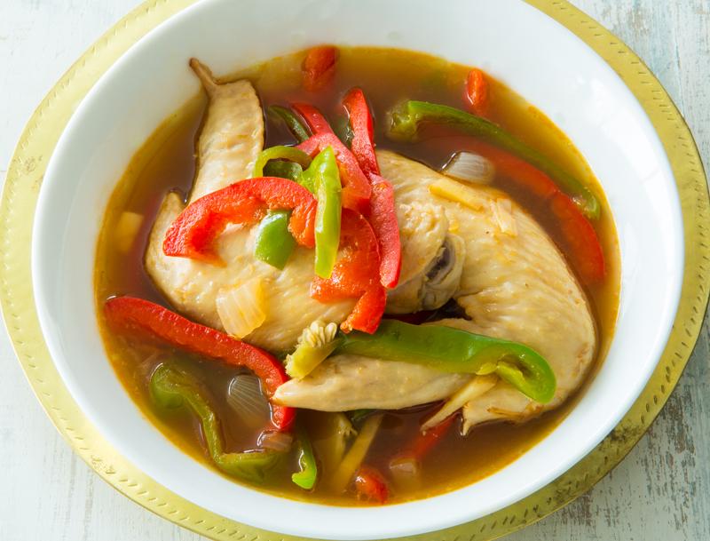 手羽先と夏野菜のうるおい黒酢スープ