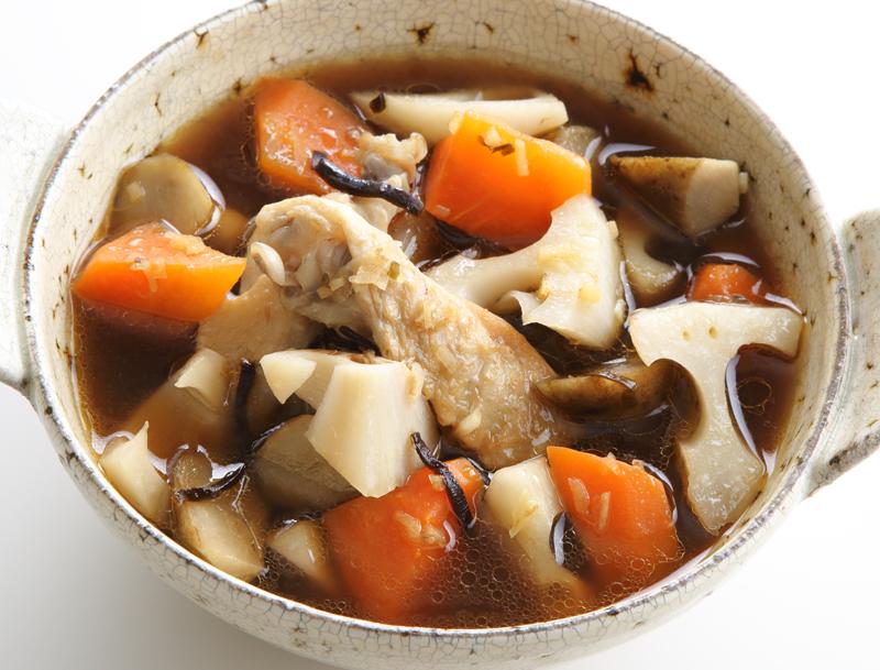しょうがと根菜の塩昆布ポカポカスープ